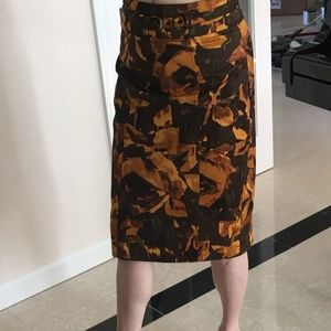 FALL FLORAL PECIL SKIRT